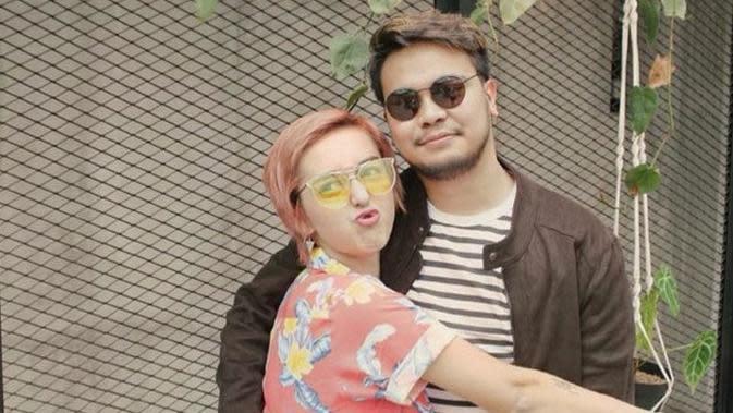 Reza SMASH dan Fabiola dikabarkan bercerai (Sumber: Instagram/mrezanugrah)