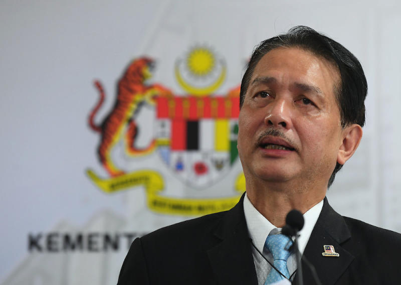Health director-general Tan Sri Noor Hisham has repeatedly reminded the public that the virus is in the community and if a particular place has a high rate of infection, like Bangau-Bangu, that means more people in the community have the virus but have not been tested. — Bernama pic