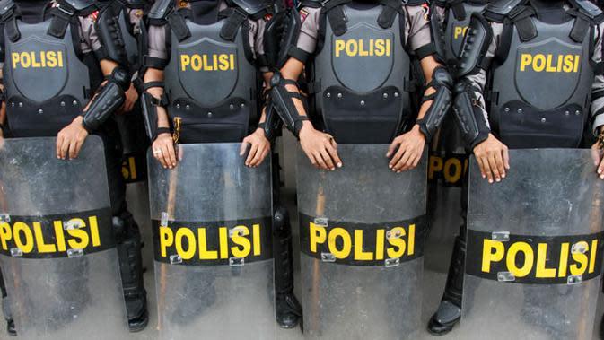 5 Polisi yang Positif Covid-19 Usai Jaga Demo Bergejala