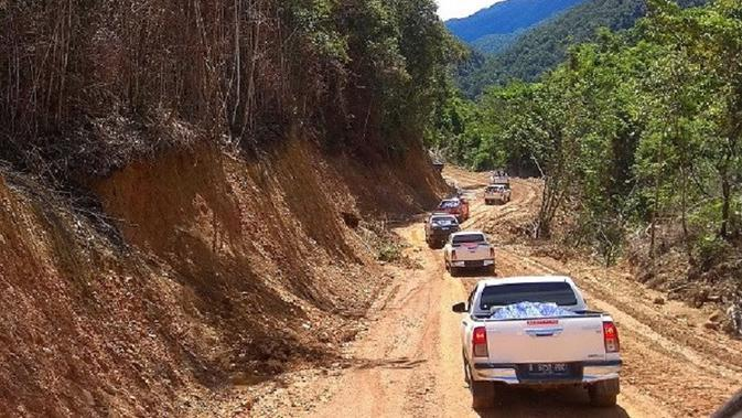 Pemerintah Gelontorkan Rp50 Miliar demi Percepatan Pembangunan Trans Papua Barat