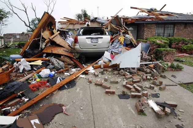 Texas tornadoes: How to help
