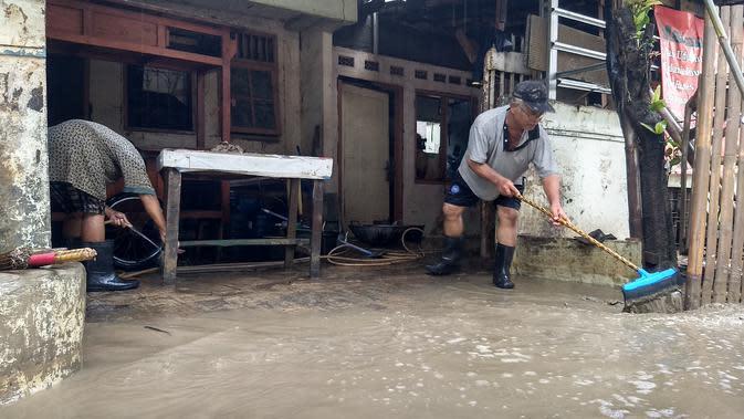 Cerita Pilu Korban Banjir di Bekasi (Foto: Liputan6/Bam Sinulingga)