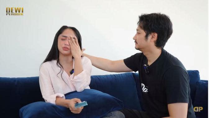 Dewi Perssik (Sumber: Youtube/DEWI PERSSIK)
