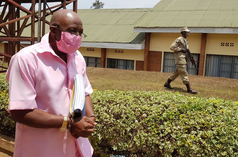 'Hotel Rwanda' inspiration tells court he did not direct attacks