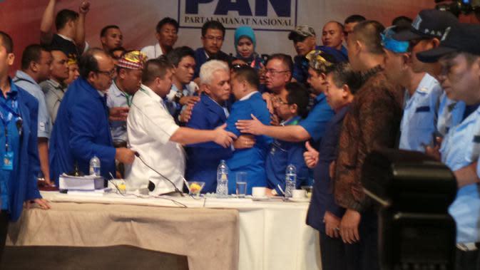 Sutrisno Bachir Tak Menduga Kehadiran Hatta Rajasa di Kongres V PAN