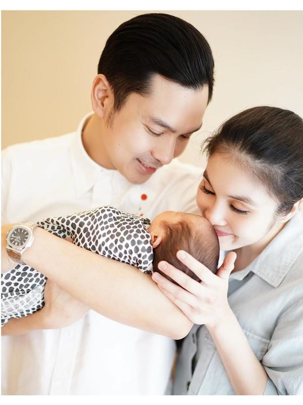 Potret Mikhael Moeis, Anak Kedua Sandra Dewi yang Baru Lahir (sumber:Instagram/sandradewi88)