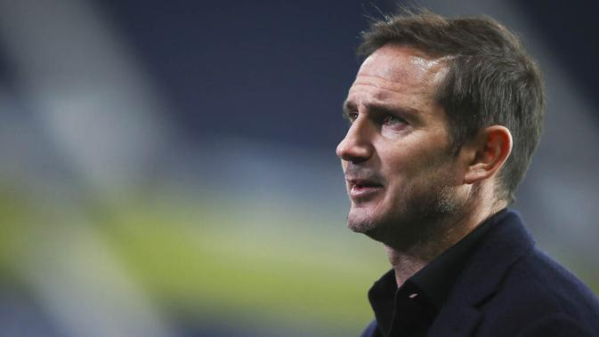 Pelatih Chelsea, Frank Lampard, saat melawan West Bromwich Albion pada laga Liga Inggris di Stadion Hawthorns, Minggu (27/9/2020). Kedua tim bermain imbang 3-3. (Nick Potts/Pool via AP)