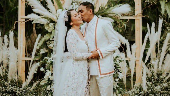 Bikin Mewek, Unggahan Instagram Terakhir Glenn Fredly untuk Sang Istri