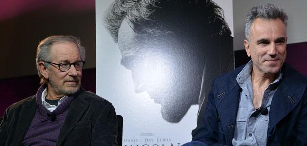 Steven Spielberg and Daniel Day-Lewis admit fear drove them toward 'Lincoln'