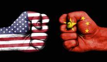美中新一輪外交衝突彰顯「新冷戰」態勢,專家擔憂兩國可能走向「熱戰」