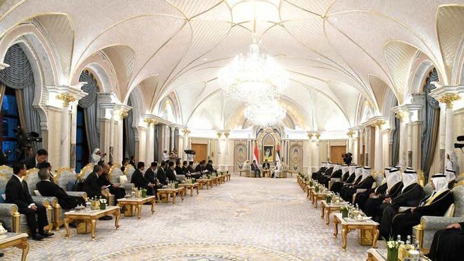 Istana Kepresidenan Qasr Al Watan (Dok.Instagram/@sekretariat.kabinet/https://www.instagram.com/p/B7PlJ9jAHbn/Komarudin)