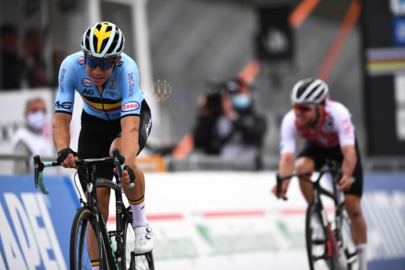 Wout van Aert takes the silver medal in Imola