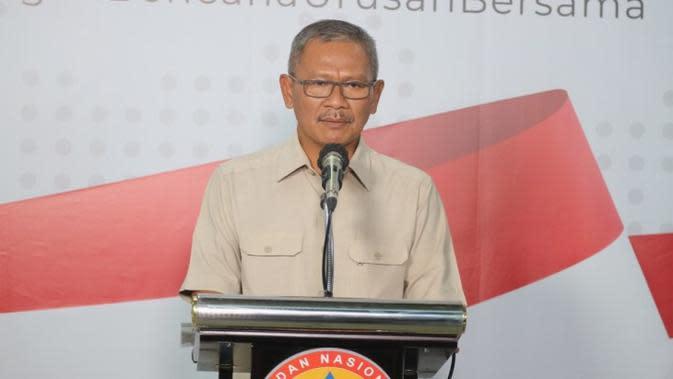 Juru Bicara Pemerintah Untuk Penanganan Virus Corona atau Covid 19, Achmad Yurianto dalam konferensi pers Gugus Tugas Percepatan Penanganan COVID-19 di Graha BNPB di Jakarta, Senin (23/3/2020). (Dok Badan Nasional Penanggulangan Bencana/BNPB)