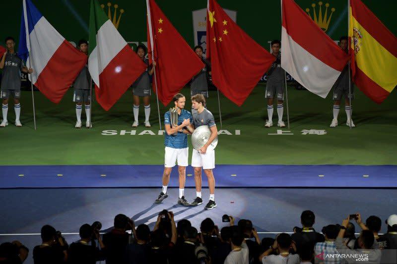 Seluruh turnamen tenis di China batal digelar