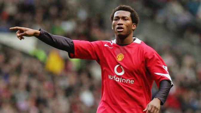 Eks pemain Manchester United, Eric Djemba-Djemba. (Istimewa)