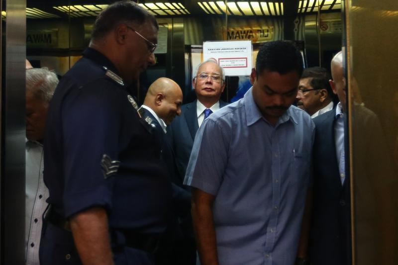 Datuk Seri Najib Razak arrives at the Kuala Lumpur High Court February 11,2019. — Picture by Ahmad Zamzahuri