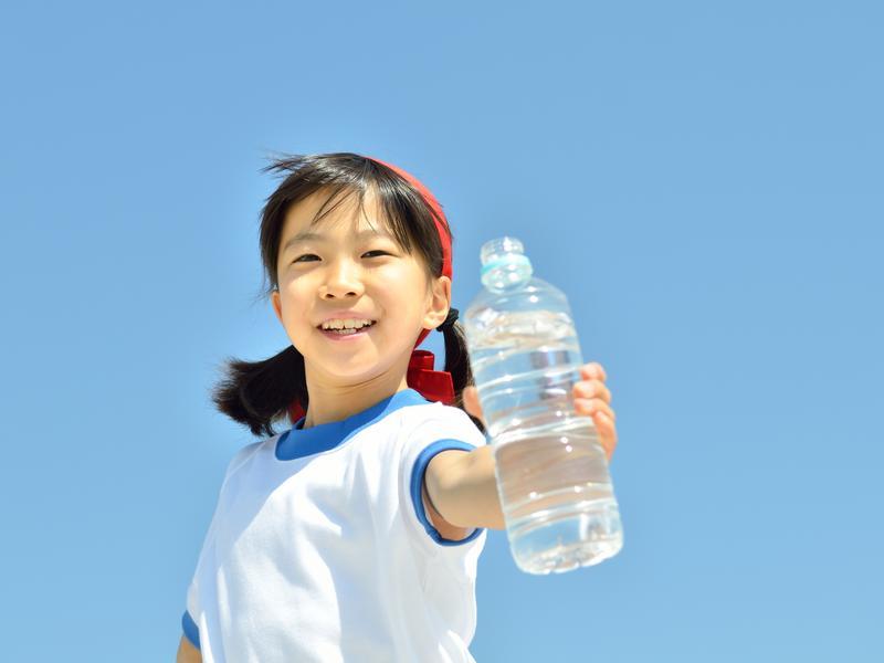 大量流汗 喝運動飲料最佳
