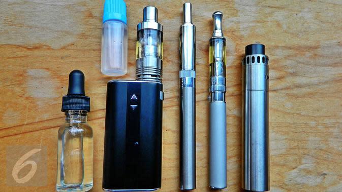 Ilustrasi Rokok Elektrik atau Vape (iStockphoto)