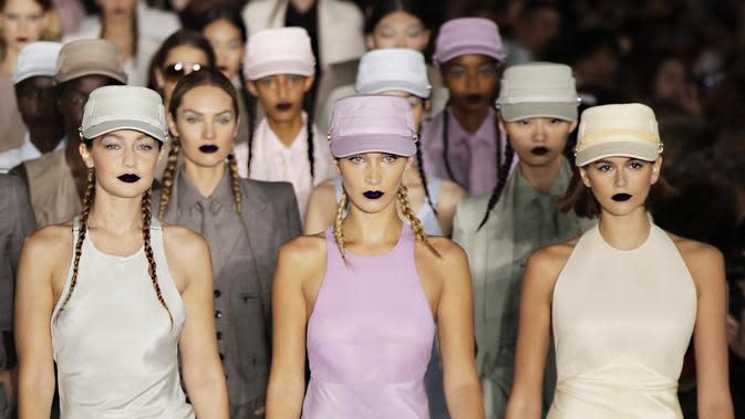 12 Ibu Supermodel Mewarisi Gen Modeling pada Anak-anaknya