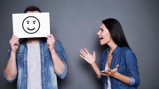 Ilustrasi pasangan bertengkar./Copyright shutterstock.com