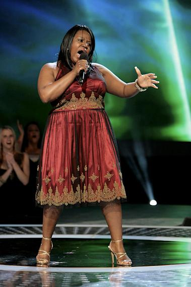 LaKisha Jones performs in front of the judges on 6th season of American Idol.