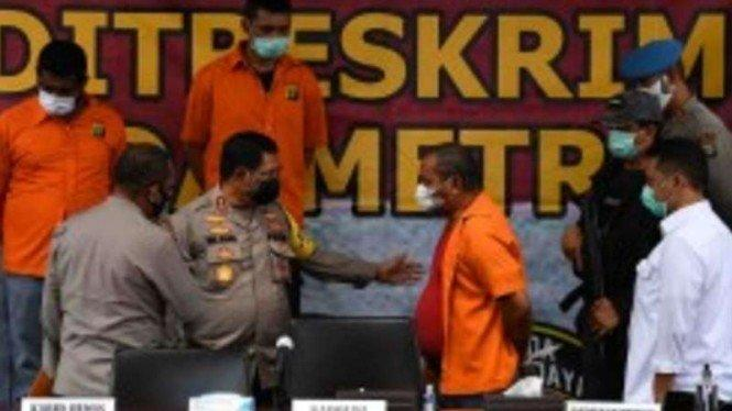 Sadis Anak Buah John Kei Berperan Menabrak Petugas Keamanan Green Lake