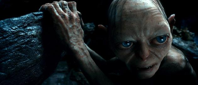 New 'Hobbit' trailer shows Bilbo betting his life against a hungry Gollum