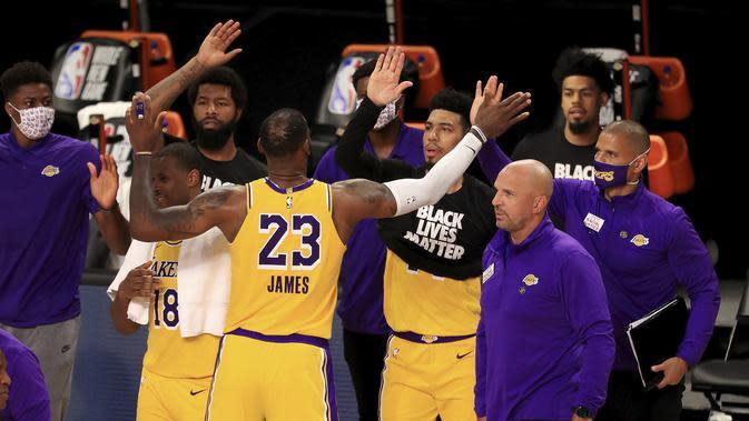 Lakers Mengawali NBA di Disney World Resort dengan Kemenangan (AP)