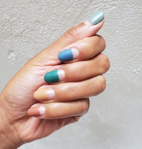 "<p>Stick to tonal shades in an autumn colour palette and leave some negative space at the base of your cuticle. </p><p><a href=""https://www.instagram.com/p/B2j3c9Zg7el/"">See the original post on Instagram</a></p>"