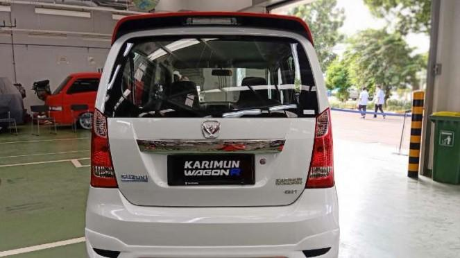 Tampilan belakang Karimun Wagon R edisi 50 Tahun Suzuki di Indonesia