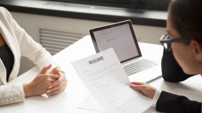7 Tips Membuat Kesan Pertama yang Hebat di Wawancara Kerja
