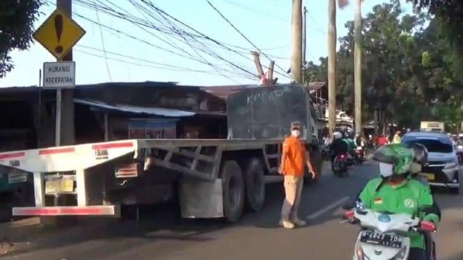 Terlindas Truk di Cipayung, Petugas PPSU Tewas Seketika
