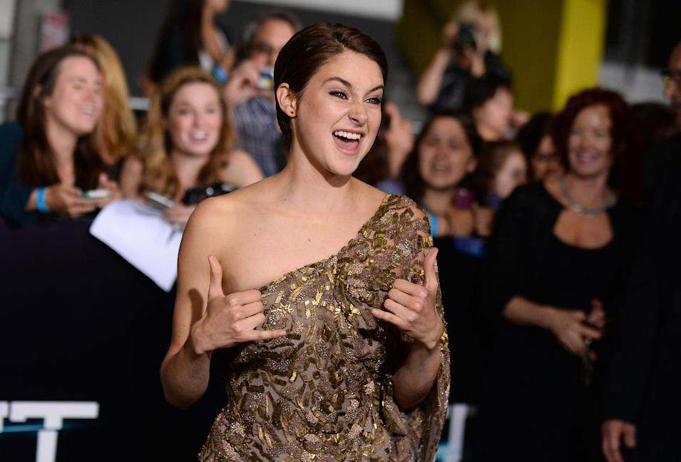 "Shailene Woodley arrives at the world premiere of ""Divergent"" at the Westwood Regency Village Theater on Tuesday, March 18, 2014, in Los Angeles. (Photo by Jordan Strauss/Invision/AP)"