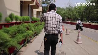 印度疫情失控 26歲住院醫師值班27小時 被迫「當上帝」判生死