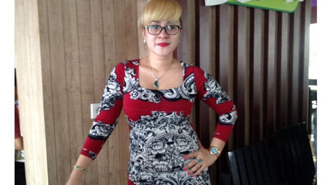 Lia Ladysta memberi keterangan pers prihal menggugat suami, Mulyadi. Foto: Sapto Purnomo/Liputan.com