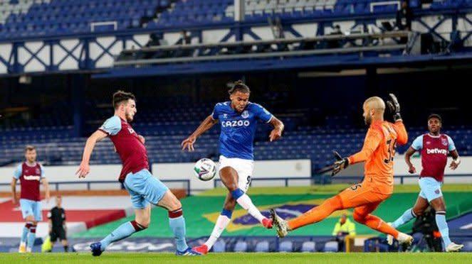 Striker Everton, Dominic Calvert-Lewin, di laga kontra West Ham