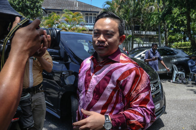 Bersatu supreme council member Wan Saiful Wan Jan is pictured in front of Tan Sri Muyhiddin Yassin's house in Bukit Damansara February 29, 2020. — Picture by Firdaus Latif