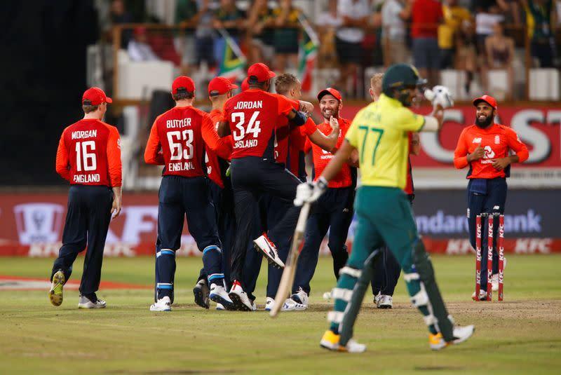 South Africa v England - Second T20