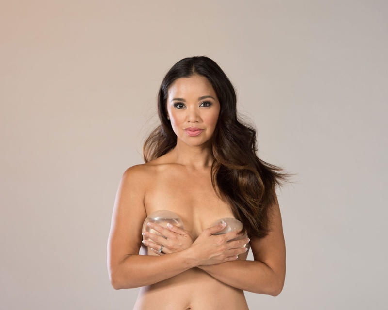 Fitness influencer Maria Kang wrote a post this week — about having her breast implants removed — that resonated with many fans. (Photo: Beth Baugher)