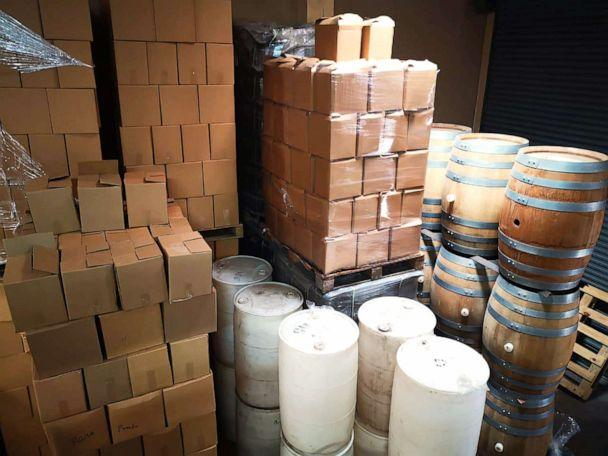 PHOTO: The Costa Rica Ministry of Health seized wines and liquors from a distributor that lacked necessary sanitary regulations or had expired registrations, July 27, 2019. (Costa Rica Ministry of Health)