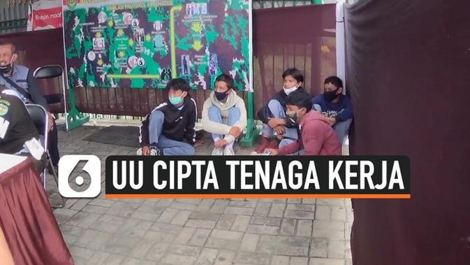 VIDEO: Petugas Gabungan Tangkap Pelajar Bogor yang akan Demo ke Jakarta