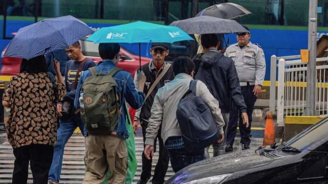 Senin Ini Jakarta Selatan dan Timur Diguyur Hujan