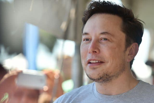 Elon Musk back on Twitter after break