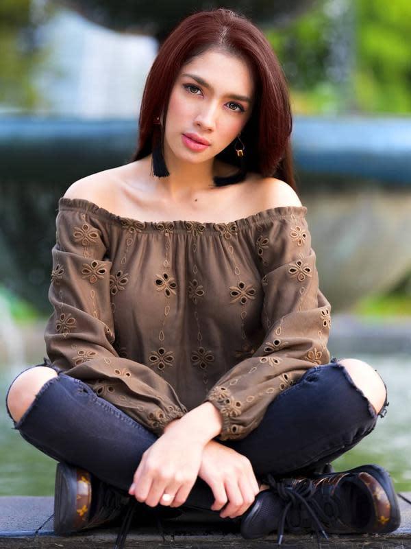 5 Artis Indonesia Yang Dianugerahi Bibir Seksi