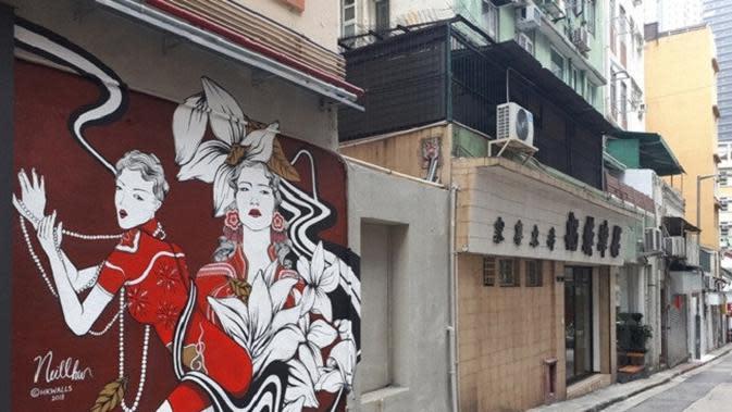 Po Hing Fong dan Soho menjadi dua jalan di Old Town Central Hong Kong yang terus dikembangkkan menjadi destinasi wisata unik yang menarik kunjungan wisata. (Liputan6.com/ Eka Laili Rosidha)