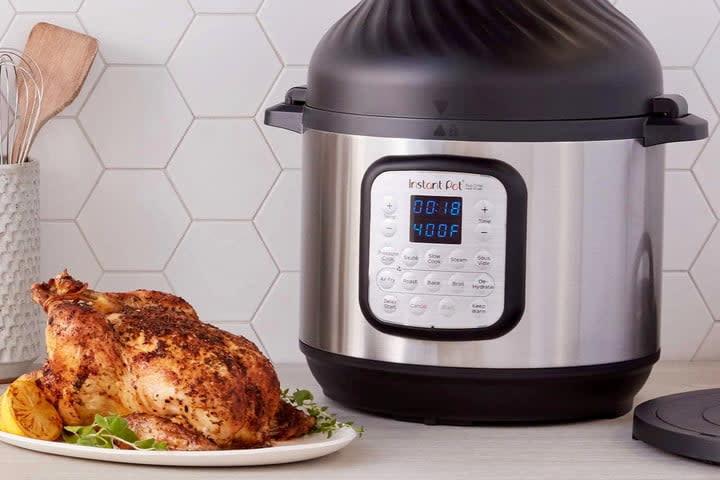 Instant Pot Duo Crisp with Air Fryer Lid
