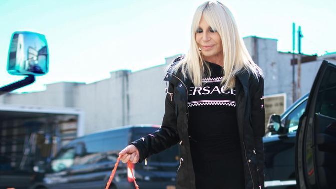 Versace (Foto: Instagram/ donatella_versace)
