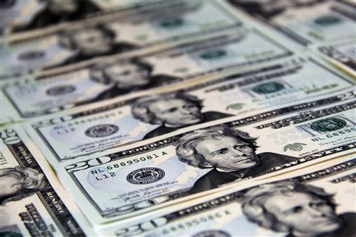 章定煊說,一開始他還抱著僥倖心態,認為美國的貨幣、降息政策不會這麼狠。(圖/翻攝自免費圖庫Pexels)