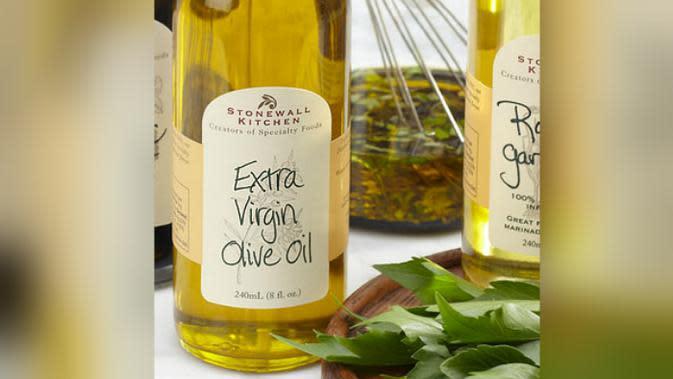 Extra Virgin Olive Oil (apronandsneakers.com)