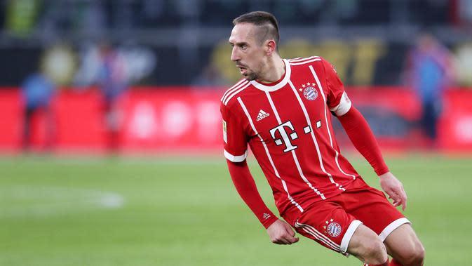 8. Franck Ribery (Bayern Munchen) - Sebelum menjadi pesepak bola terkenal, pemain andalan Die Roten ini adalah seorang kuli bangunan. Namun pengalaman hidup yang pahit membentuk dirinya sebagai pesepakbola sukses saat ini. (AFP/Ronny Hartmann)